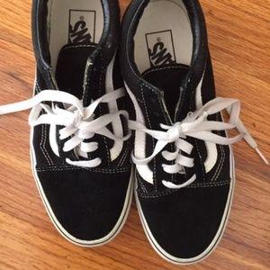 Vans Low Cut Classic Skate Shoe